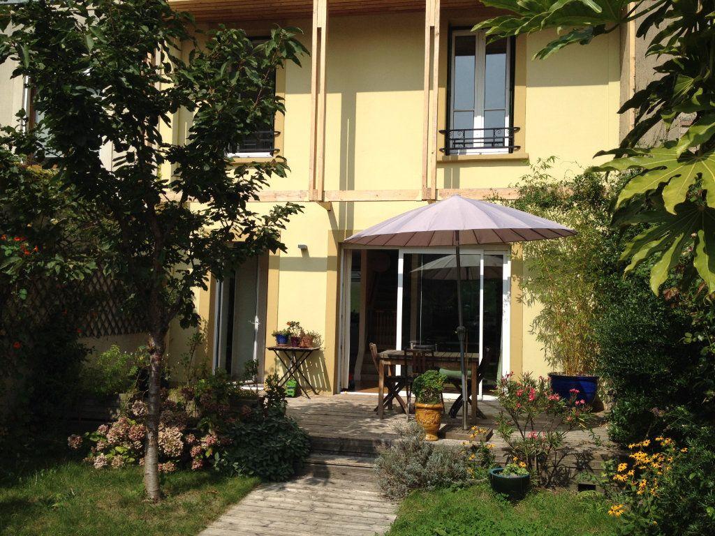 Maison à vendre 7 185m2 à Issy-les-Moulineaux vignette-2