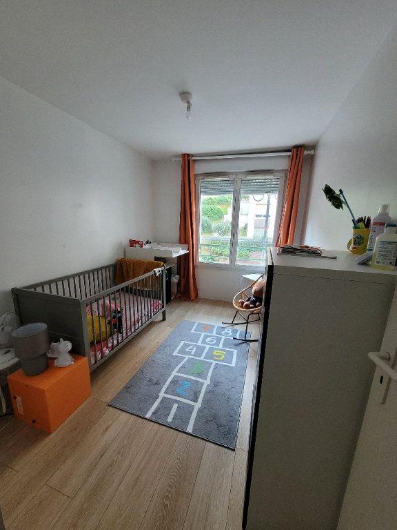 Appartement à louer 3 65.15m2 à Issy-les-Moulineaux vignette-4