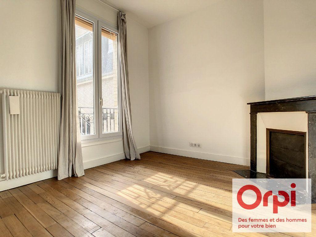 Appartement à vendre 2 41.47m2 à Issy-les-Moulineaux vignette-2