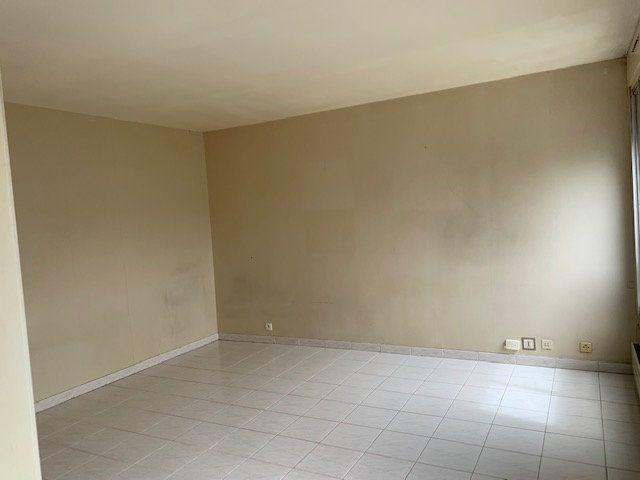 Appartement à louer 1 31.78m2 à Issy-les-Moulineaux vignette-4