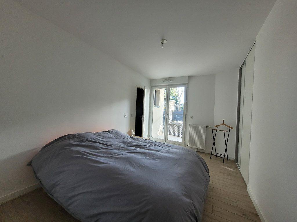 Appartement à louer 2 45.2m2 à Issy-les-Moulineaux vignette-6
