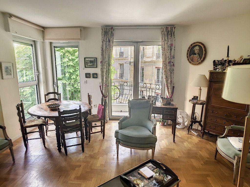 Appartement à vendre 3 78m2 à Paris 16 vignette-1