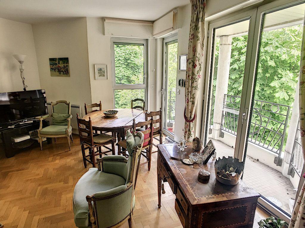 Appartement à vendre 3 78m2 à Paris 16 vignette-2
