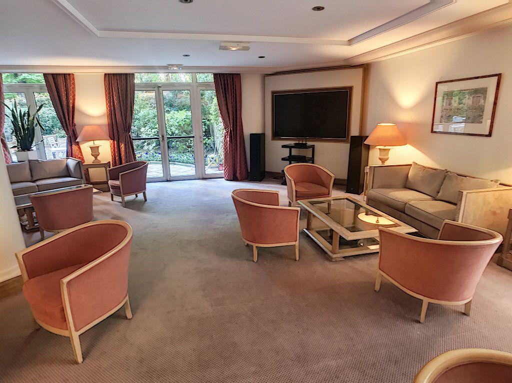 Appartement à vendre 3 78m2 à Paris 16 vignette-10