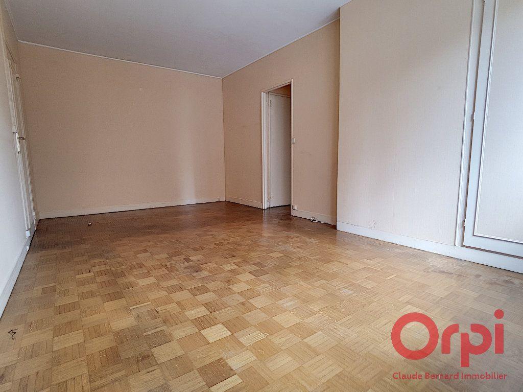 Appartement à vendre 2 44.4m2 à Paris 13 vignette-2