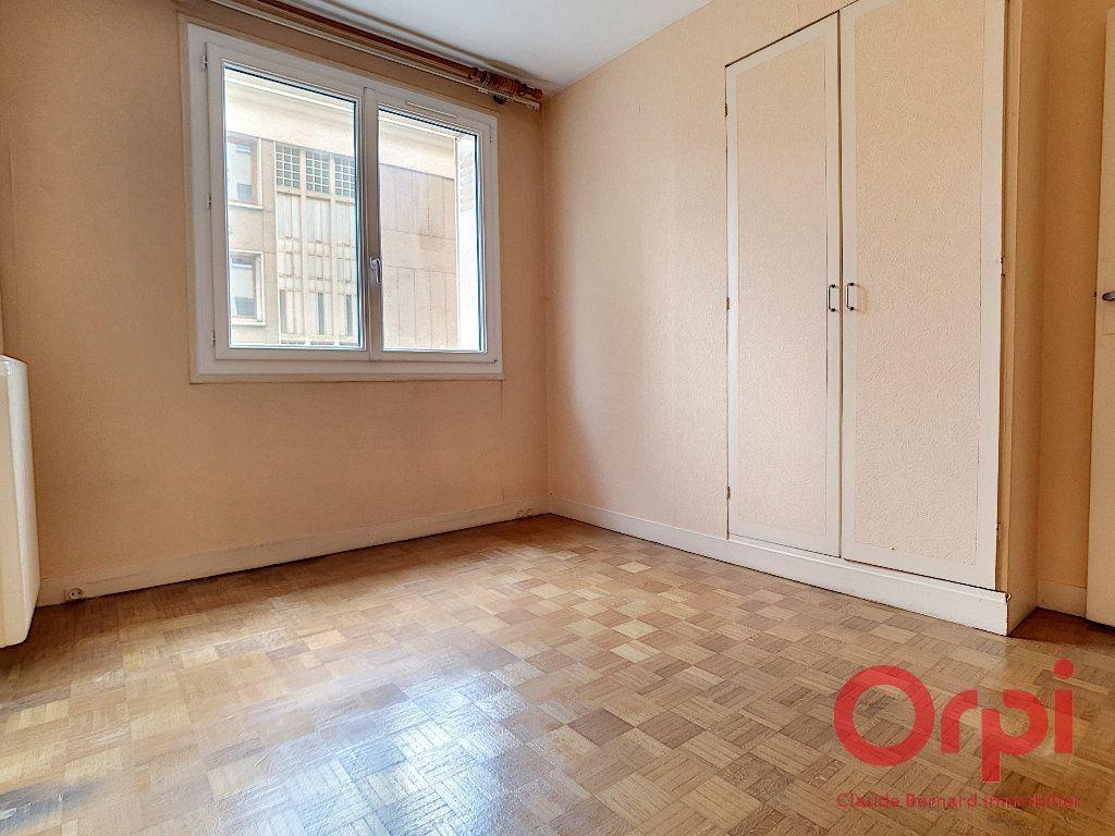 Appartement à vendre 2 44.4m2 à Paris 13 vignette-3