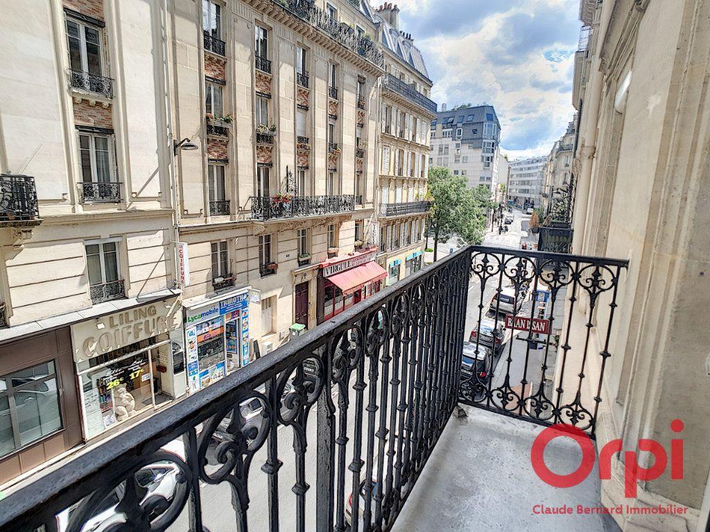 Appartement à vendre 3 48.07m2 à Paris 13 vignette-1