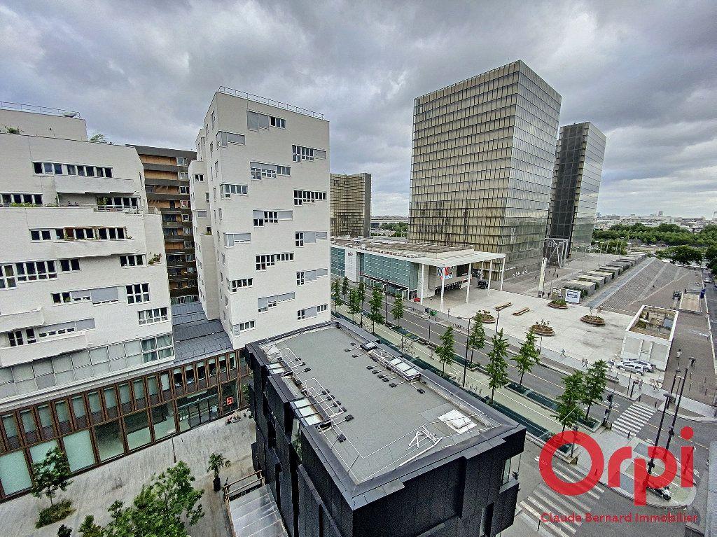 Appartement à vendre 2 58.3m2 à Paris 13 vignette-4