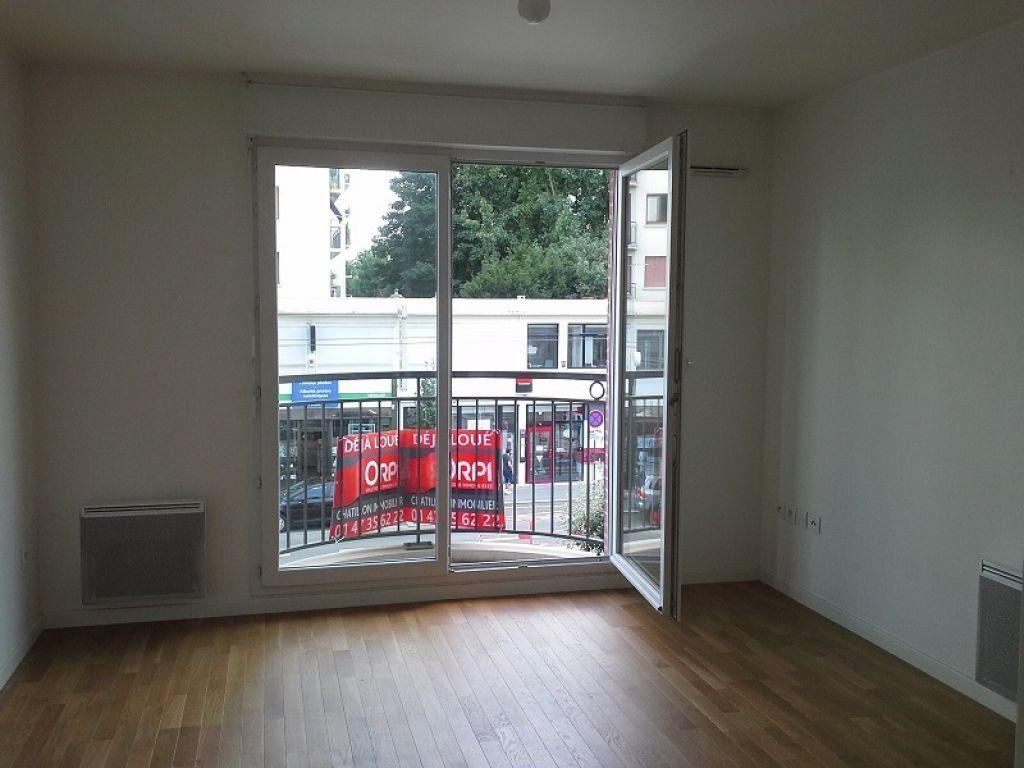 Appartement à louer 2 40m2 à Châtillon vignette-1