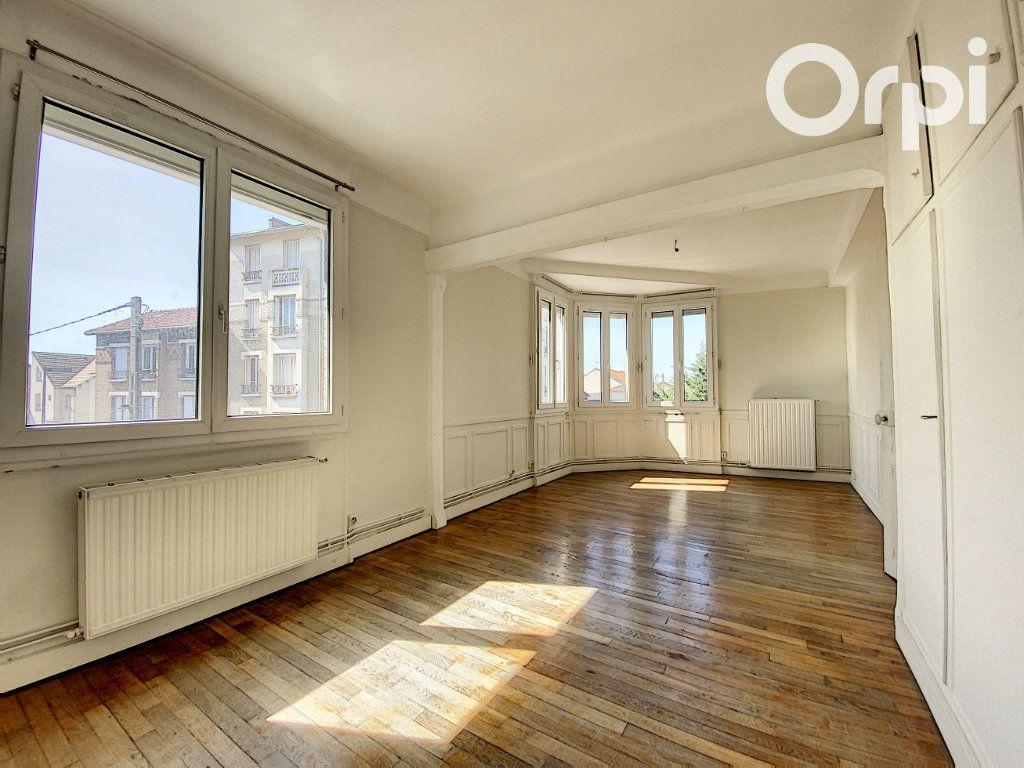 Appartement à vendre 3 60m2 à Châtillon vignette-1