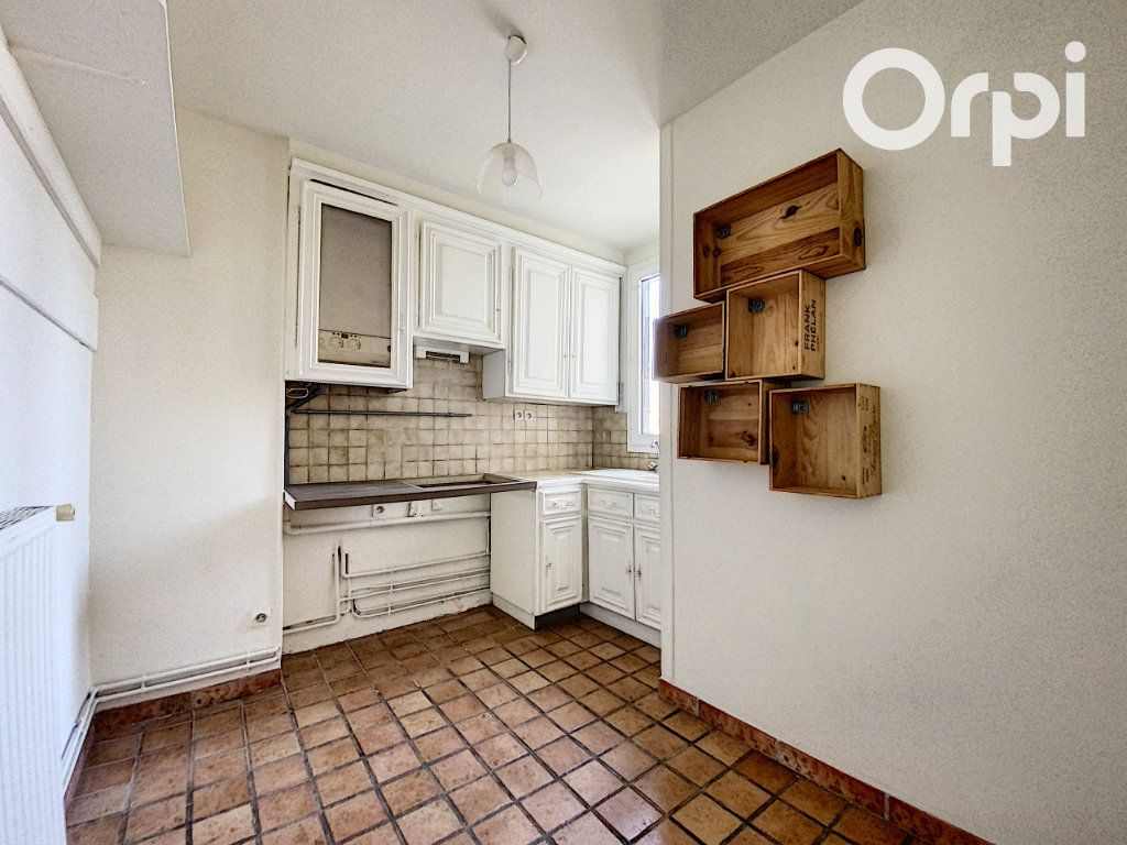 Appartement à vendre 3 60m2 à Châtillon vignette-6