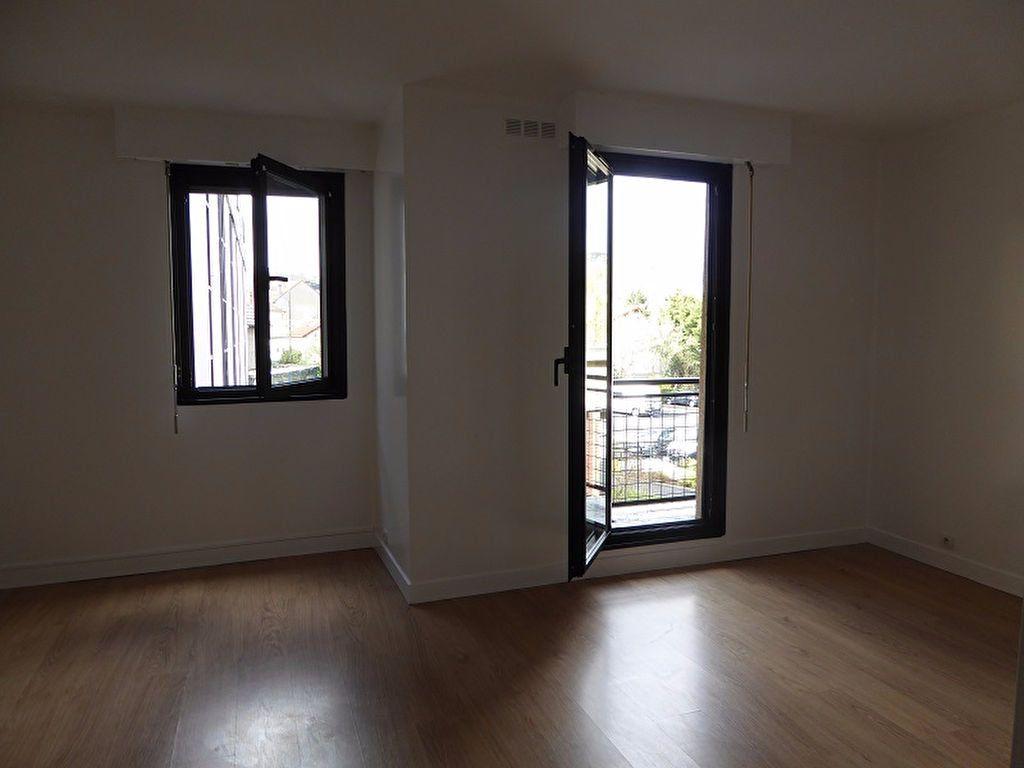 Appartement à louer 1 35m2 à Châtillon vignette-4