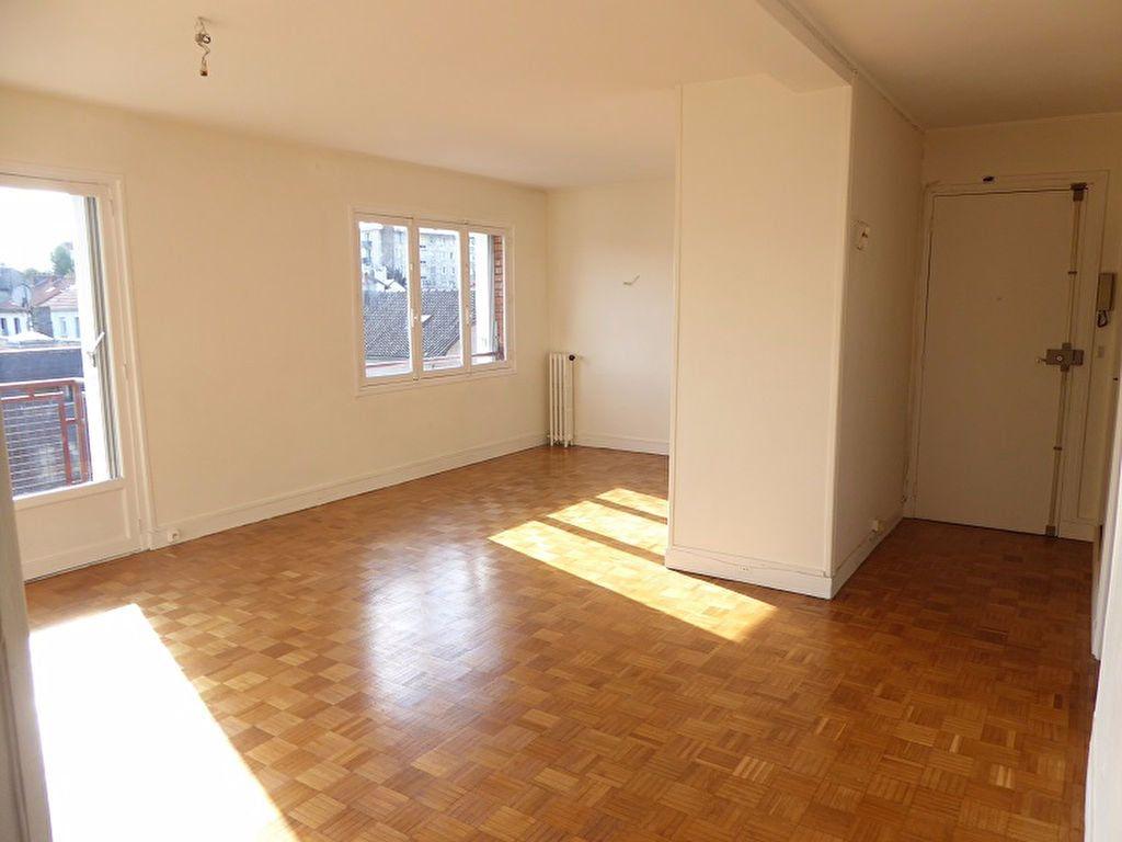 Appartement à louer 3 69m2 à Châtillon vignette-4