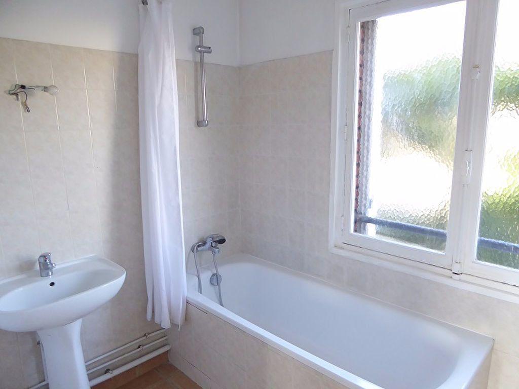 Appartement à louer 3 69m2 à Châtillon vignette-9
