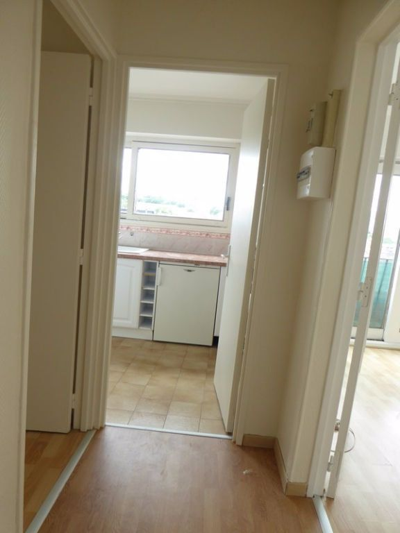 Appartement à louer 2 38m2 à Châtillon vignette-5