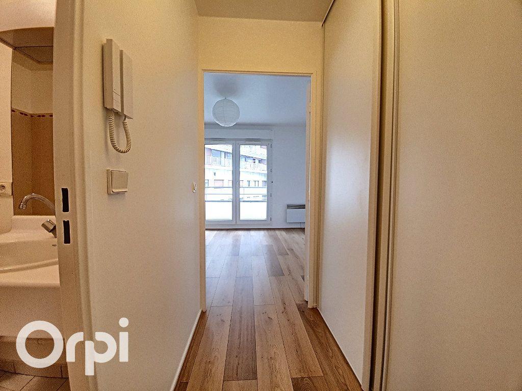 Appartement à louer 1 23m2 à Fontenay-aux-Roses vignette-2