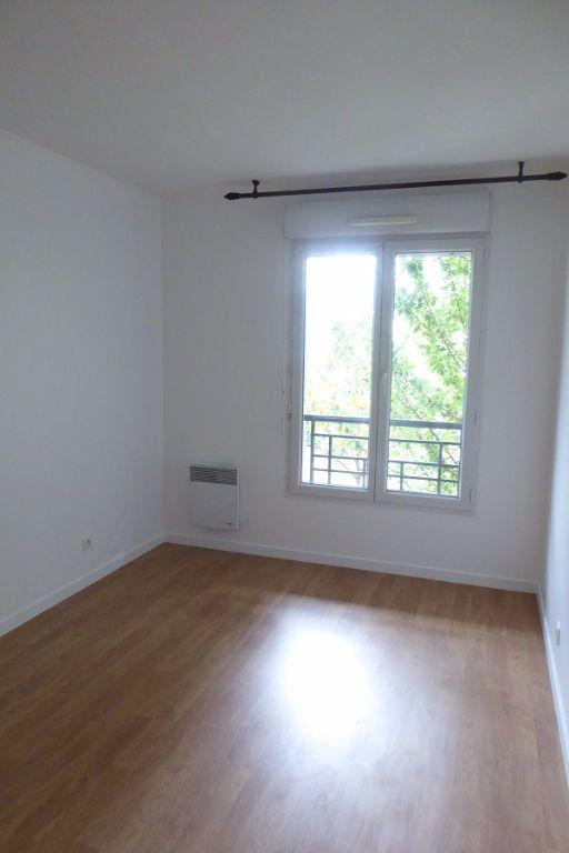 Appartement à louer 3 59m2 à Châtillon vignette-2