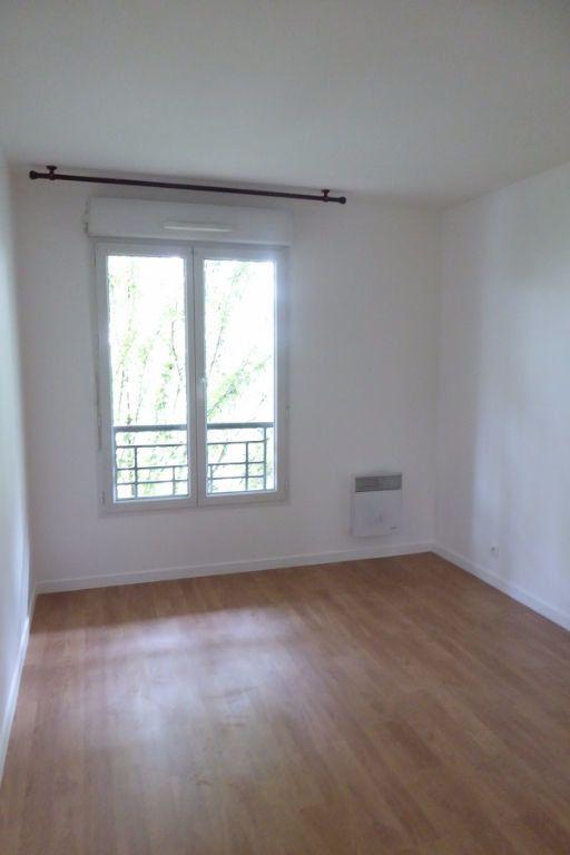 Appartement à louer 3 59m2 à Châtillon vignette-3