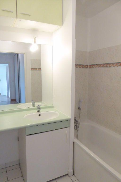 Appartement à louer 3 59m2 à Châtillon vignette-4