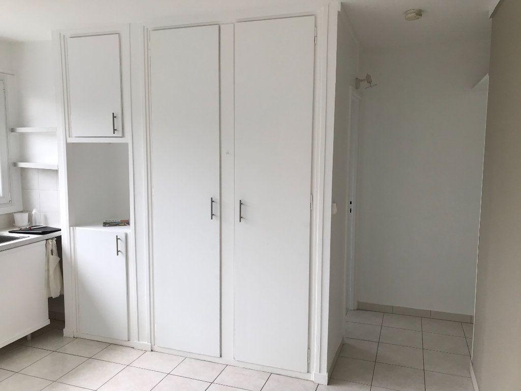Appartement à louer 1 20m2 à Fontenay-aux-Roses vignette-4
