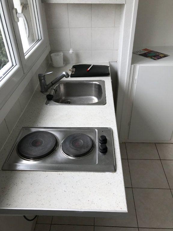 Appartement à louer 1 20m2 à Fontenay-aux-Roses vignette-6