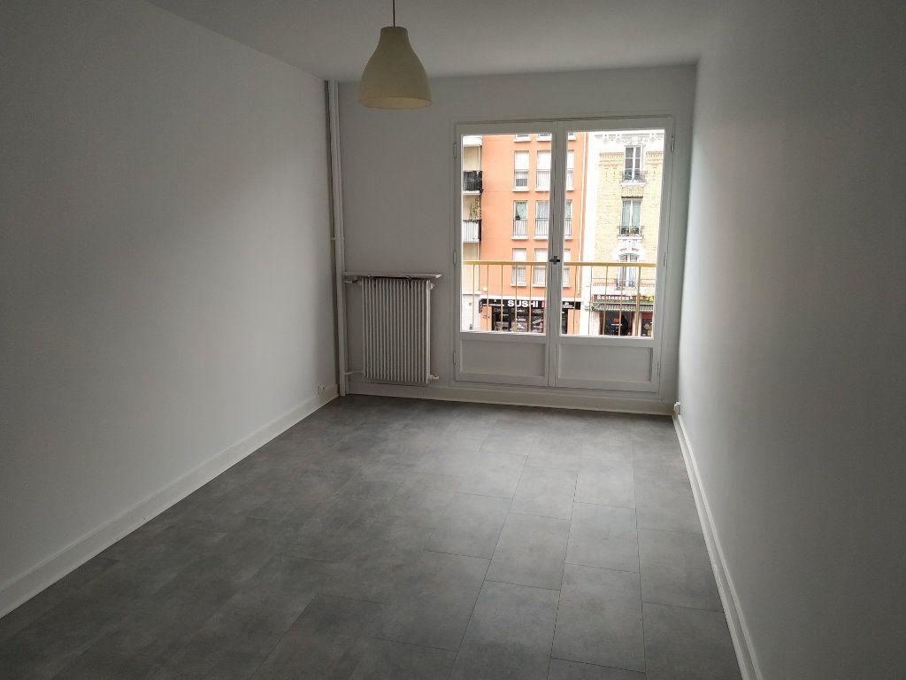 Appartement à louer 2 40.7m2 à Châtillon vignette-2