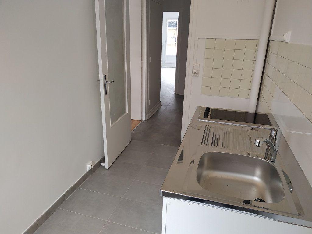 Appartement à louer 2 40.7m2 à Châtillon vignette-7