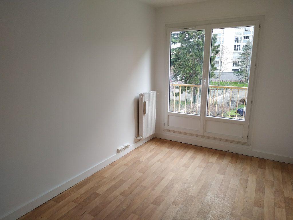 Appartement à louer 2 40.7m2 à Châtillon vignette-9