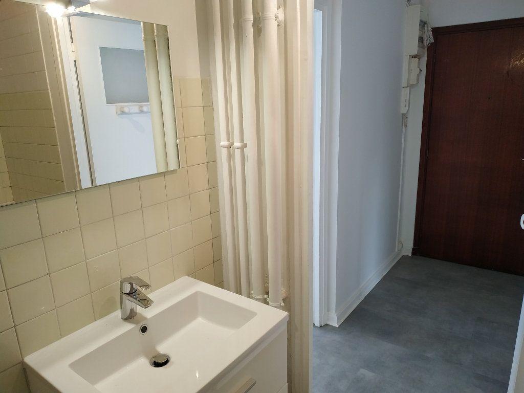 Appartement à louer 2 40.7m2 à Châtillon vignette-12
