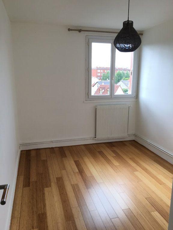 Appartement à louer 3 52m2 à Châtillon vignette-3