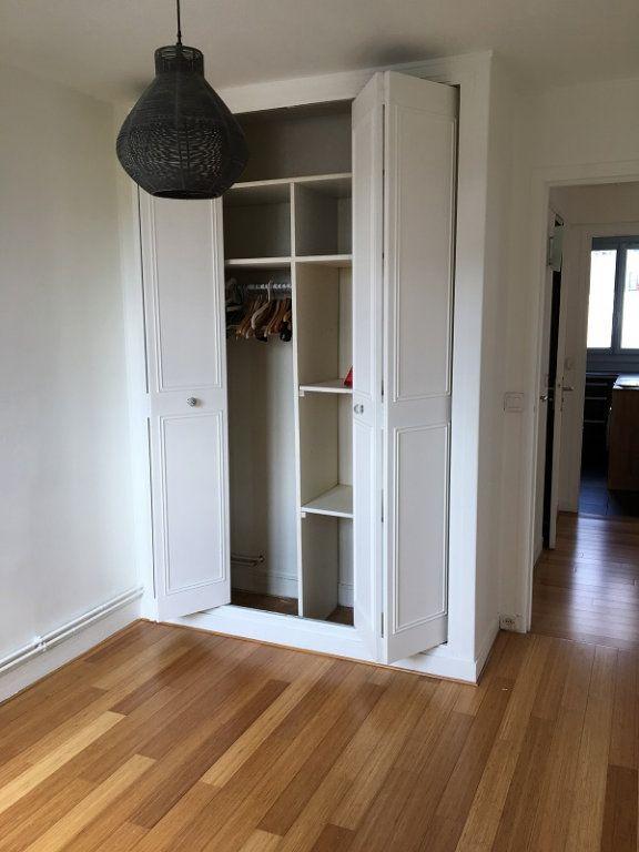 Appartement à louer 3 52m2 à Châtillon vignette-4
