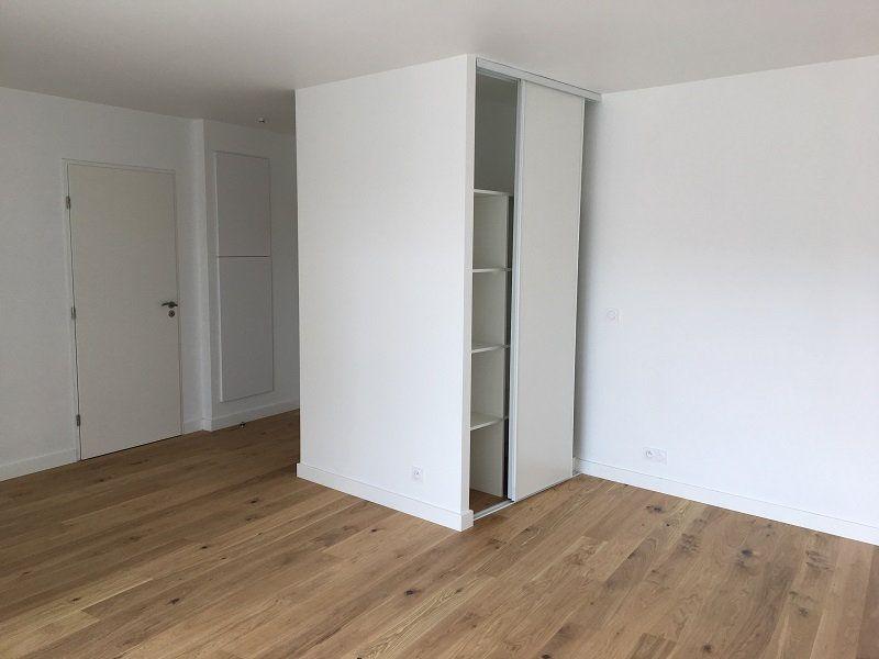 Appartement à louer 1 42.39m2 à Châtillon vignette-3