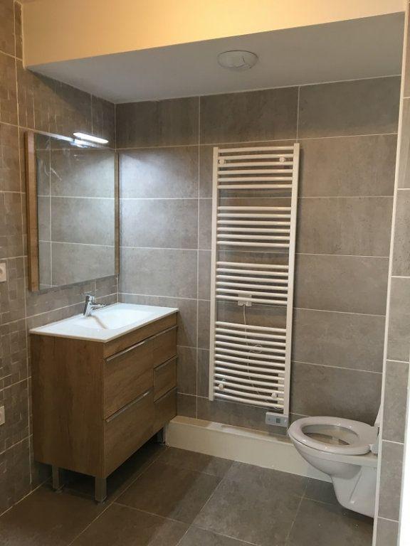 Appartement à louer 1 42.39m2 à Châtillon vignette-6