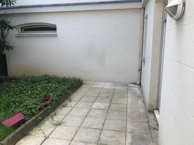 Appartement à louer 1 30m2 à Châtillon vignette-5