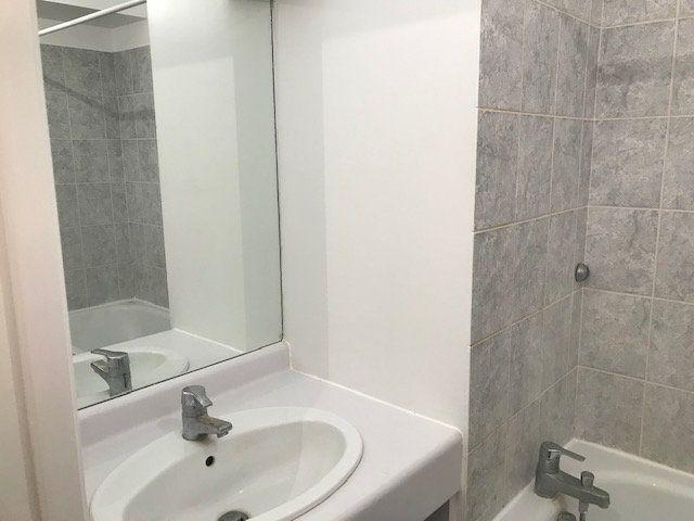Appartement à louer 1 30m2 à Châtillon vignette-9