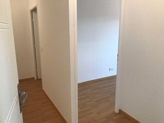 Appartement à louer 3 62.8m2 à Châtillon vignette-7