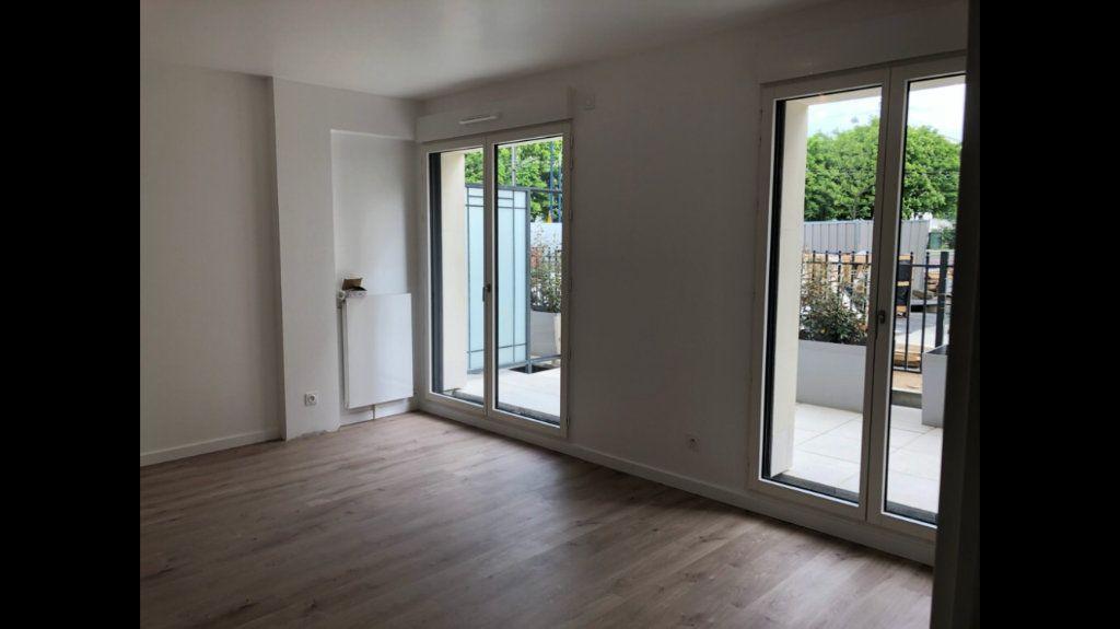 Appartement à louer 2 47.41m2 à Clamart vignette-1