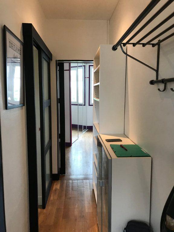 Appartement à louer 1 29m2 à Montrouge vignette-2