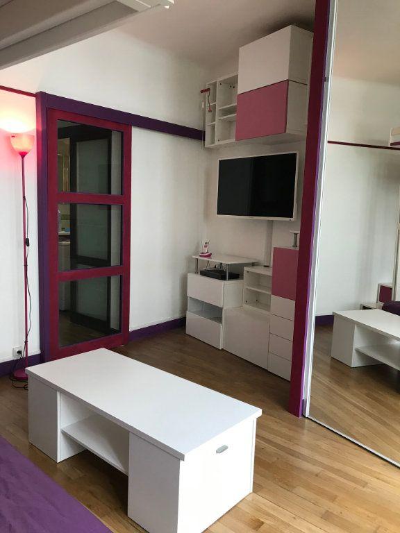 Appartement à louer 1 29m2 à Montrouge vignette-6