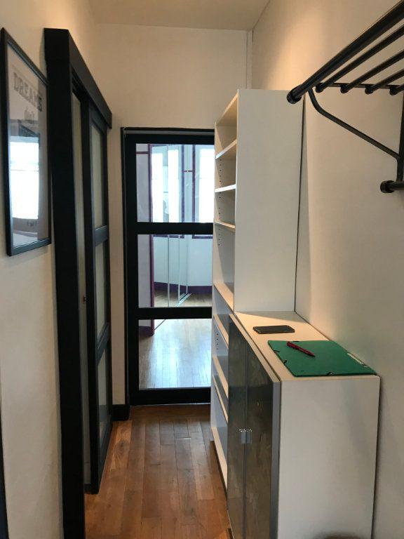 Appartement à louer 1 29m2 à Montrouge vignette-9