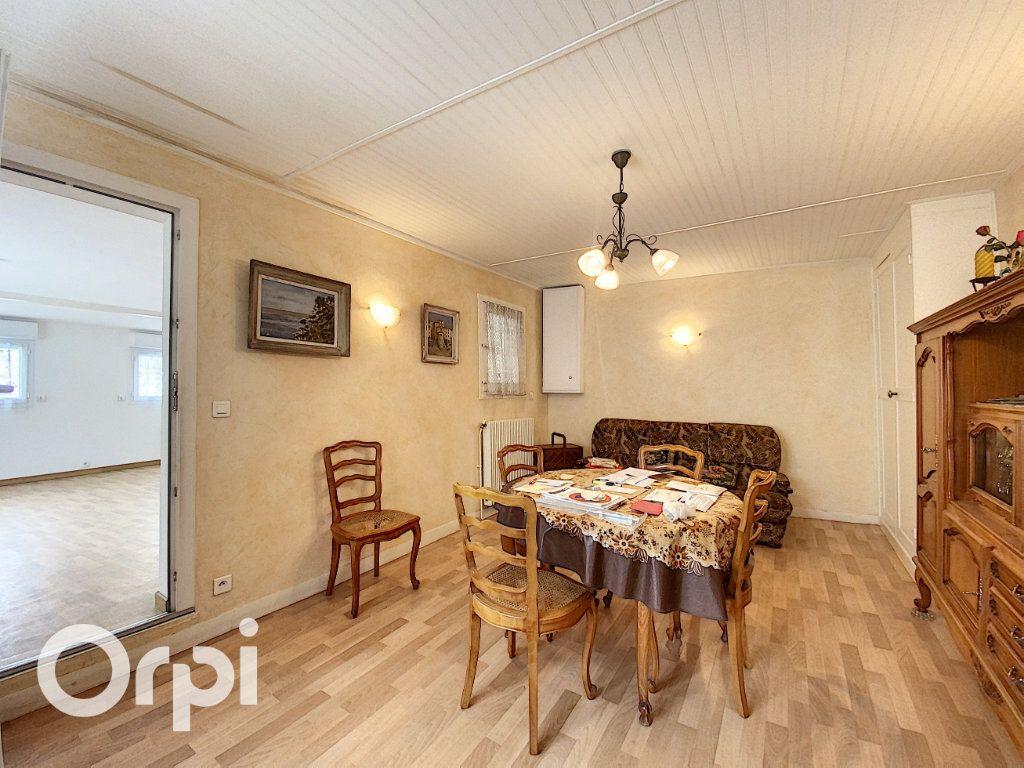 Maison à vendre 3 75.48m2 à Châtillon vignette-2
