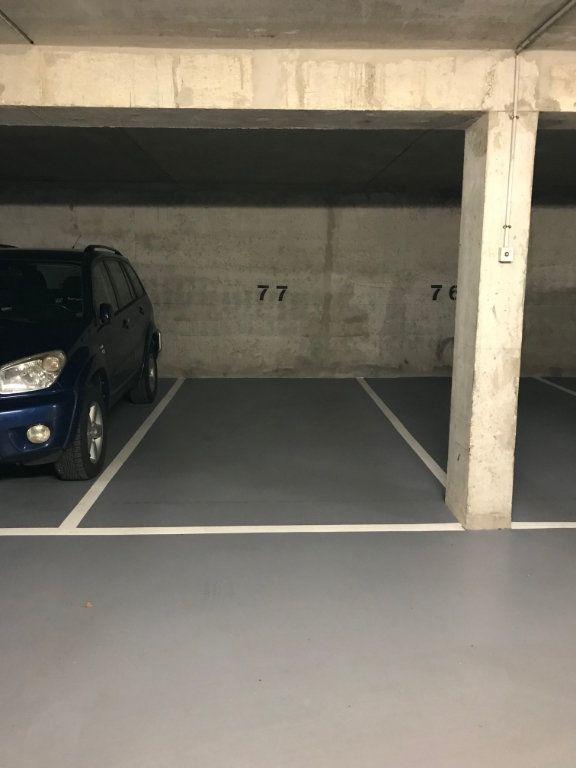 Stationnement à louer 0 10m2 à Châtillon vignette-4