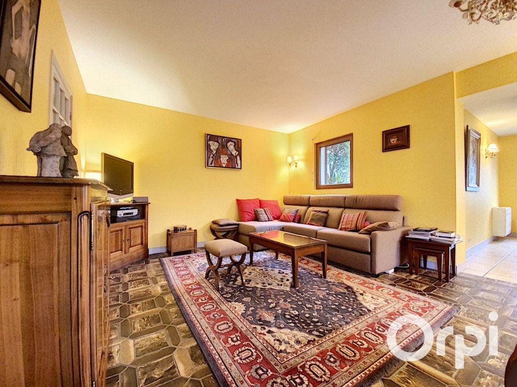 Maison à vendre 5 142m2 à Châtillon vignette-1