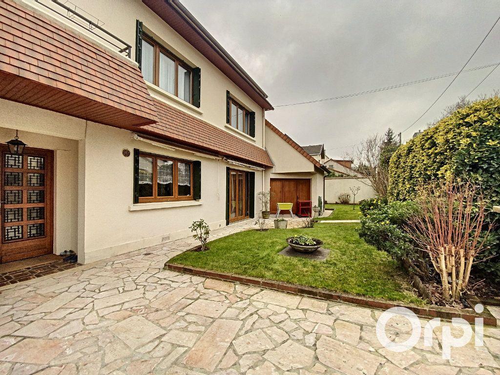 Maison à vendre 5 142m2 à Châtillon vignette-2