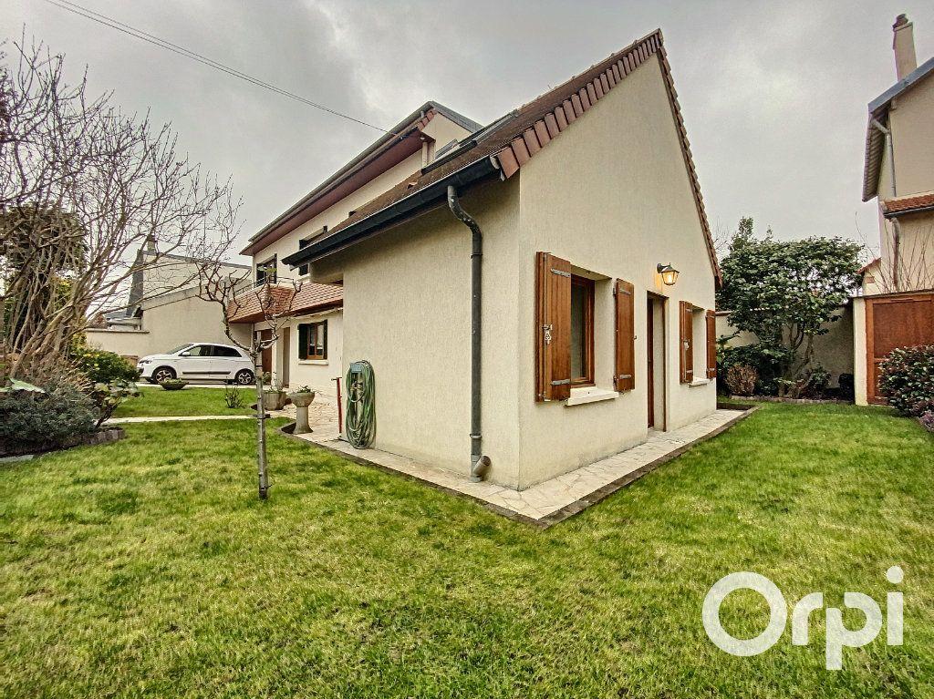 Maison à vendre 5 142m2 à Châtillon vignette-5