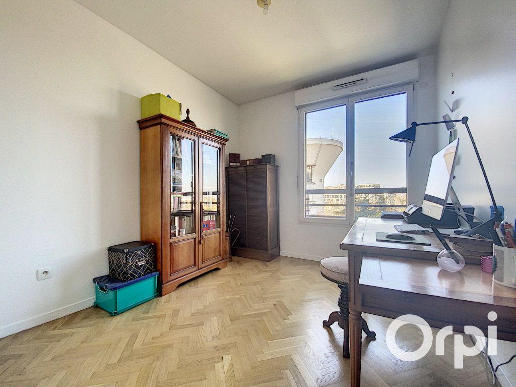 Appartement à vendre 3 66.7m2 à Châtillon vignette-4