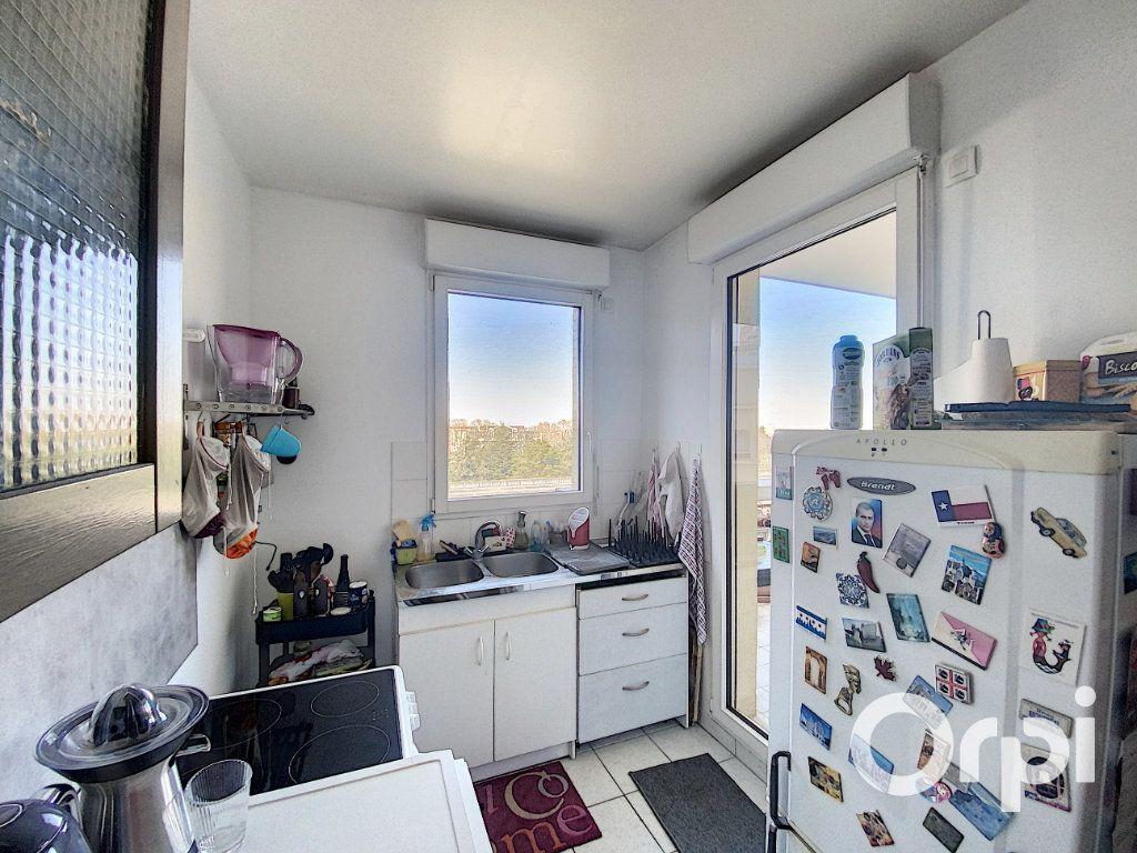 Appartement à vendre 3 66.7m2 à Châtillon vignette-6