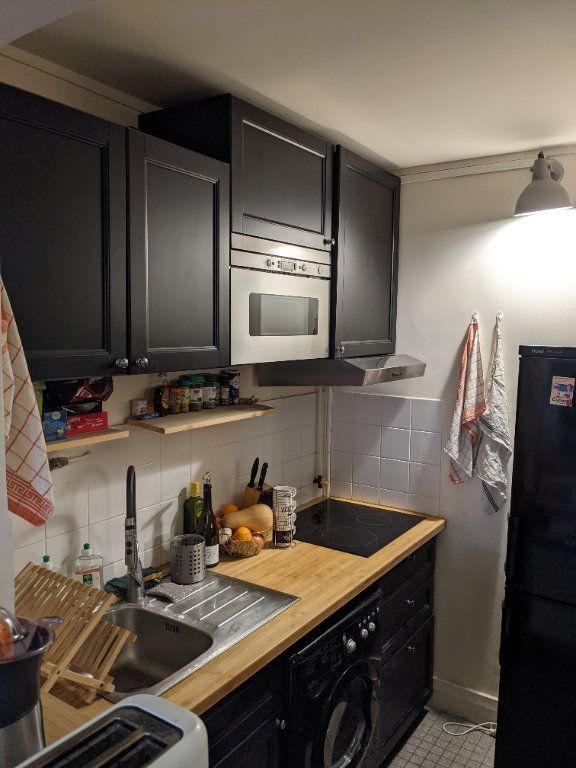 Appartement à louer 1 25m2 à Fontenay-aux-Roses vignette-2
