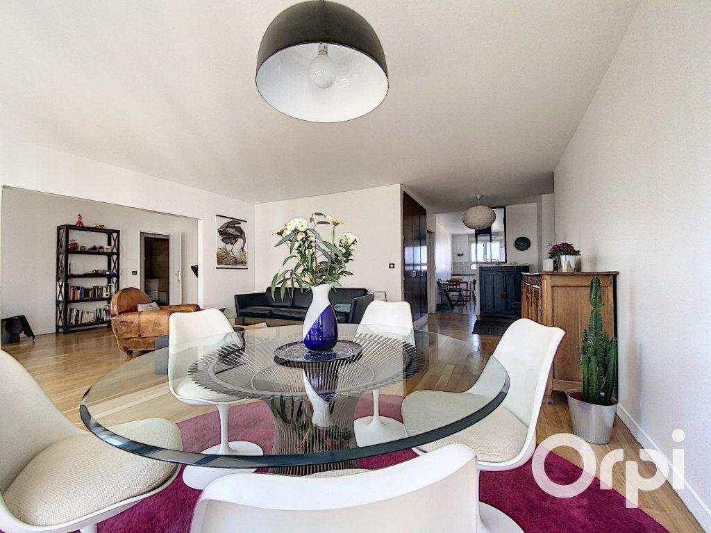Appartement à vendre 6 137.26m2 à Vanves vignette-1