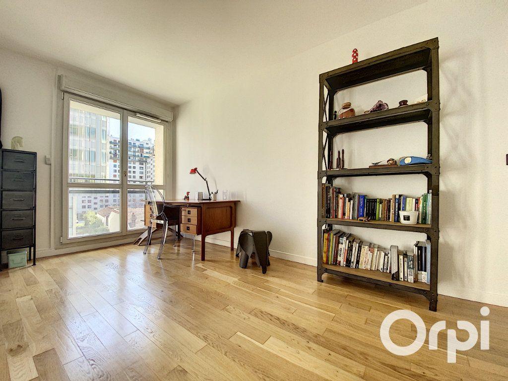 Appartement à vendre 6 137.26m2 à Vanves vignette-4